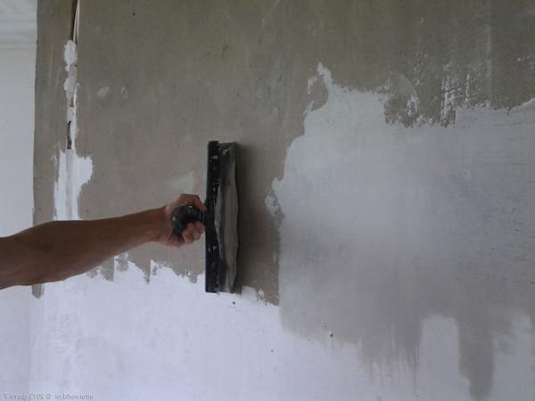 Особенности шпаклевки стен