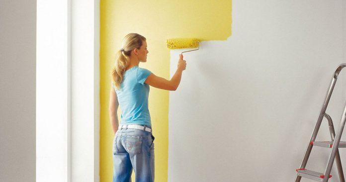 красят стены