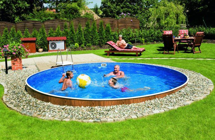 дача с бассейном